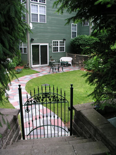 2.3_Entryways-back-gate