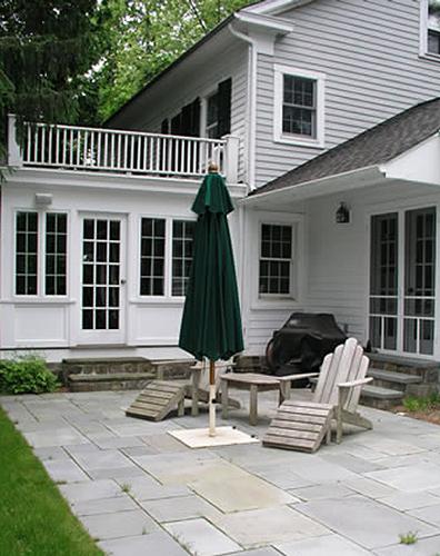 2.4_Outdoor-Rooms_adirondacs