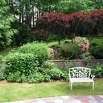 2.4_Outdoor-Rooms_garden-bench