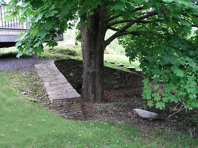 2.6_Stonework_retaining-wall